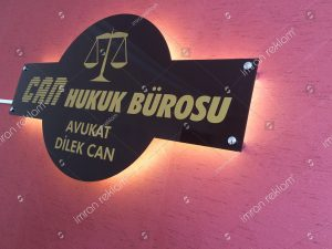 isikli pleksi avukat tabelasi
