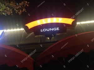 flory lounge isikli cafe tabelası