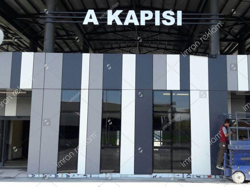A Kapısı Tabela Havaalanı