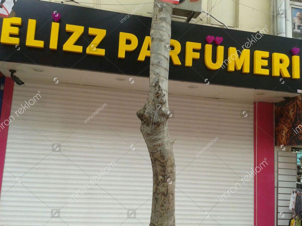 Elizz Parfumeri Tabelaları