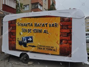Karavan reklam kaplama