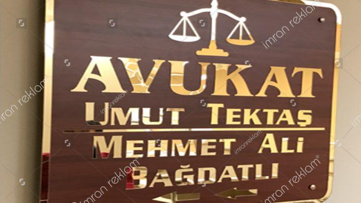 Avukatlık bürosu apartman tabelası