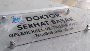 Doktor kapı isimlik tabelası