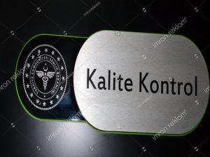 Kalite-Kontrol-Kapı-İsimliği