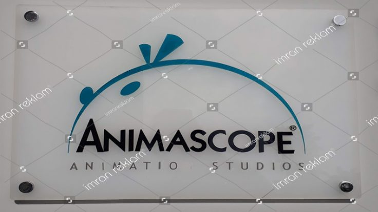 Animasyon Stüdyosu Pleksi Kapı Tabelası