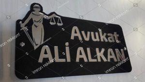 Özel Kesimli Pleksi Avukat Tabelası