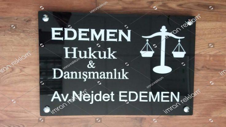 Pleksi Hukuk Bürosu Tabelası