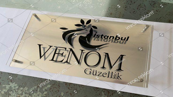 Venom Güzellik Pleksi Kapı Tabelası