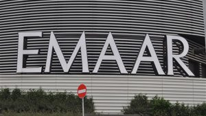 Emaar Square Mall Alışveriş Merkezi Mc Donald's Tabela Tamiri