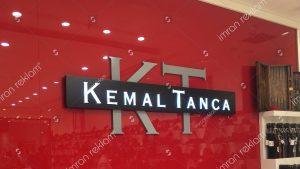 Piazza Maltepe Alışveriş Merkezi Yapı Kredi Tabela Tamiri